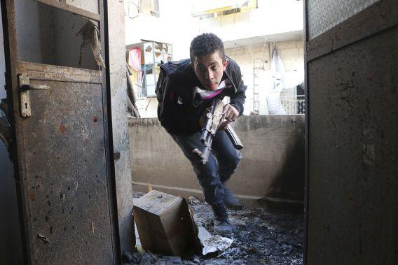 Na de mislukte onderhandelingen gaan de gevechten in Syrië onverminderd door.
