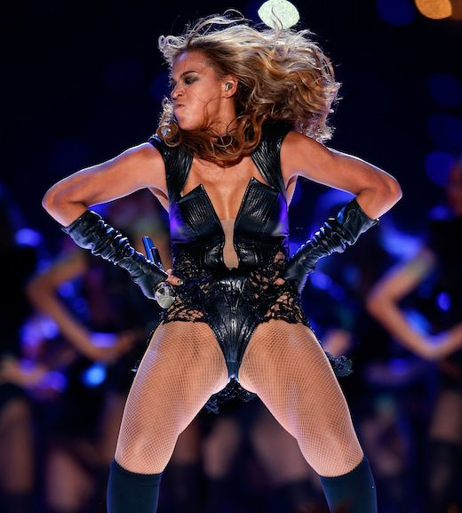 Singer Beyonce performs during the Pepsi Super Bowl XLVII Halftime Show at the Mercedes-Benz Superdome on February 3, 2013 in New Orleans, Louisiana. *** Local Caption *** Beyonce Knowles