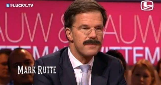 Mark Rutte met een snor: beeld uit een LuckyTV-aflevering.