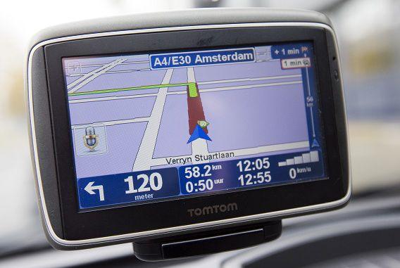 Tomtom navigatie in een auto.