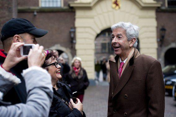 Minister Ronald Plasterk van Binnenlandse Zaken verlaat het Binnenhof na de ministerraad vrijdag. ANP / Robin Utrecht