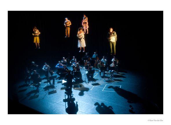 de gehangenen / LOD Josse De Pauw & jan Kuijken ---- © Kurt Van der Elst / www.kvde.be