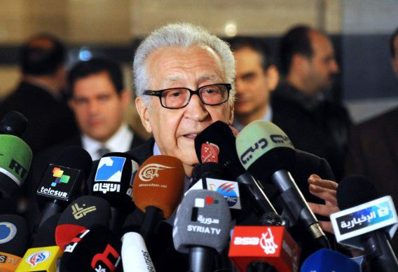 """International peace envoy Lakhdar Brahimi gives a press conference at a Damascus hotel on December 27, 2012. Brahimi called for """"real"""" change in war-torn Syria and the installation of a transition government with full powers until elections can be held. AFP PHOTO / STR"""