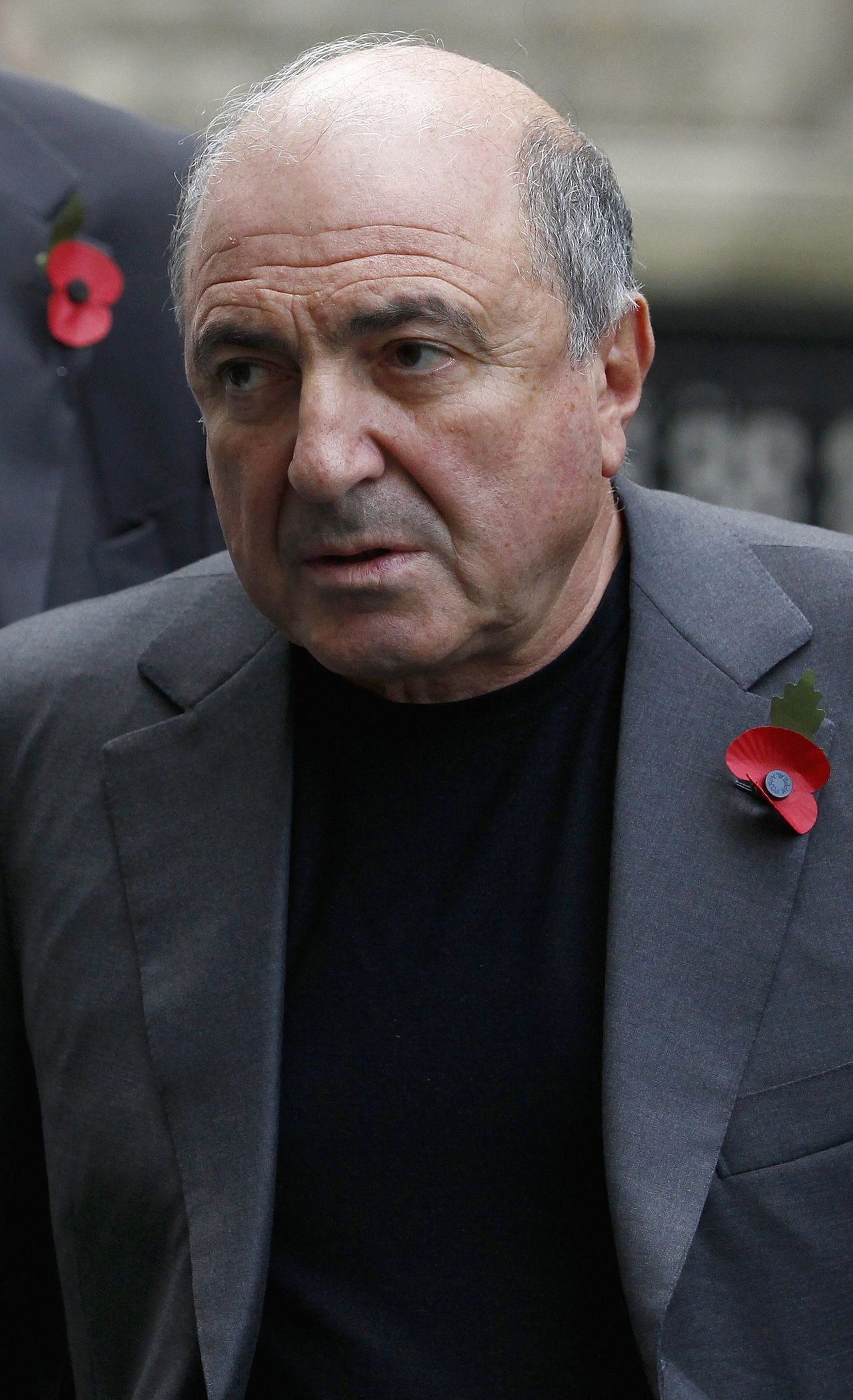 Russian oligarch Boris Berezovsky arrives at a division of the High Court in central London November 4, 2011. Russian billionaire and owner of Chelsea football club Roman Abramovich and Berezovsky are locked in a $6 billion legal battle in London's Commercial Court, with Berezovsky accusing his former protege of intimidating him in 2000 into selling shares in oil company Sibneft at a fraction of their value. REUTERS/Andrew Winning (BRITAIN - Tags: BUSINESS ENERGY)