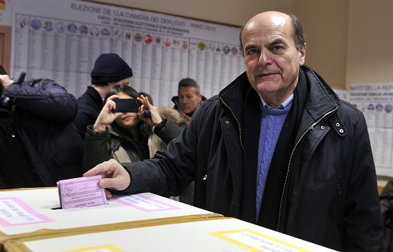 Bersani bracht zijn stem uit gisteren in een stembureau in Piacenza.