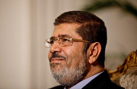 De Egyptische president Mohammed Morsi zaterdag in het presidentieel paleis in Kairo.