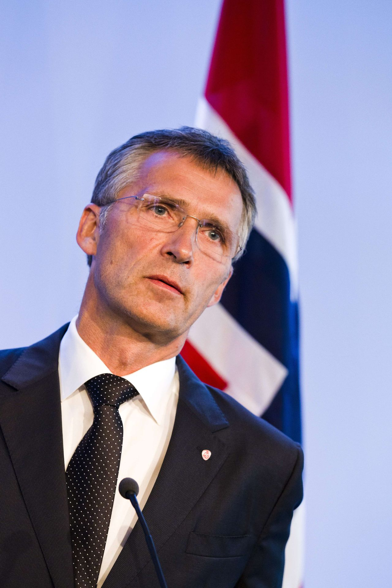Norwegian prime minister Jens Stoltenberg is pictured at a press conference in Oslo on July 27, 2011. Norwegian Prime Minister Jens Stoltenberg said that Oslo will review and assess the country's security measures after the current period of national grieving. AFP PHOTO/ Berit Roald / Scanpix Norway