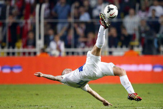 Jordy Clasie tijdens de WK-kwalificatiewedstrijd tegen Turkije in het Fenerbahce Sukru Saracoglu Stadi gisteren.