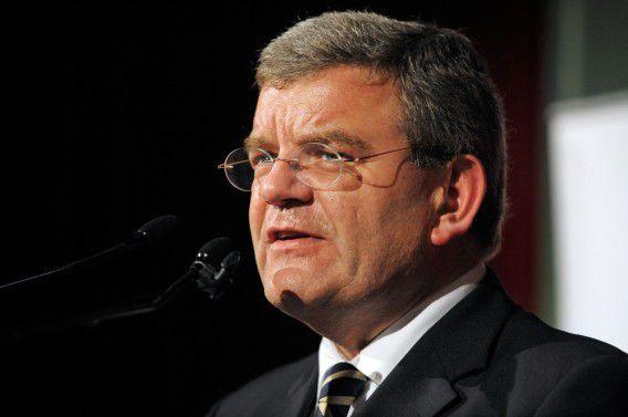 Jan van Zanen, hier sprekend als partijvoorzitter van de VVD, wordt de nieuwe burgemeester van Utrecht.