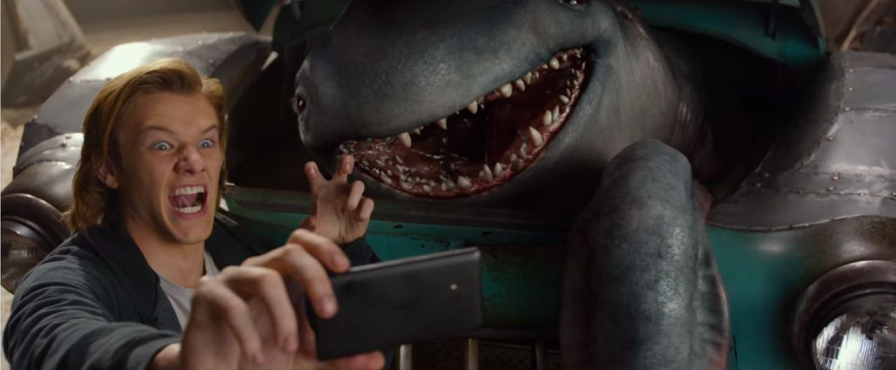 Still uit de trailer van Monster Trucks.