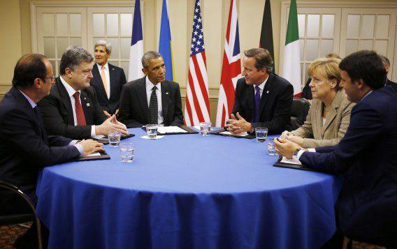 Staatshoofden en regeringsleiders op de NAVO-top in Wales.
