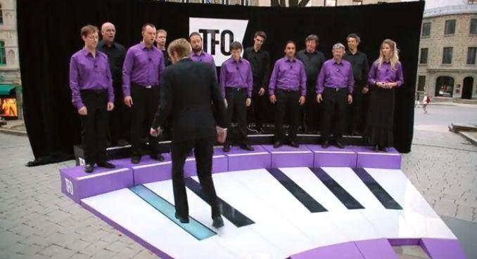 Opera dirigeren met je voeten.
