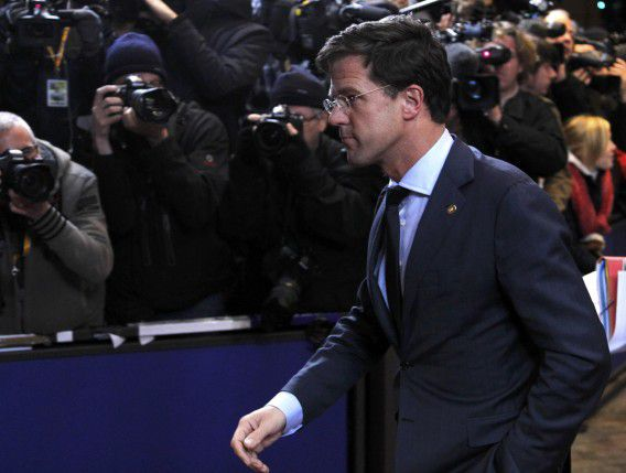 Netherlands' Prime Minister Mark Rutte arrives at an European Union summit in Brussels December 8, 2011. European Union leaders will discuss proposals for tighter euro zone integration on December 8-9, with the aim of bringing deficits and debt much more strictly into check, a move that may give the European Central Bank room to step up purchases of sovereign bonds and reassure financial markets. REUTERS/Francois Lenoir (BELGIUM - Tags: POLITICS BUSINESS)