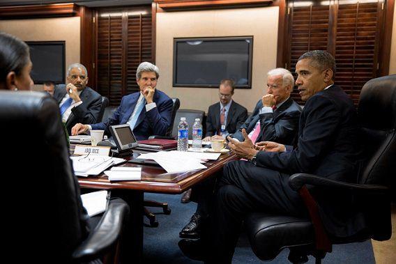 De regering-Obama gisteren in de 'situation room' om de kwestie-Syrië te bespreken.