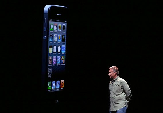 SAN FRANCISCO, CA - SEPTEMBER 12: Apple Senior Vice President of Worldwide product marketing Phil Schiller announces the new iPhone 5 during an Apple special event at the Yerba Buena Center for the Arts on September 12, 2012 in San Francisco, California. Apple announced the iPhone 5, the latest version of the popular smart phone. Justin Sullivan/Getty Images/AFP == FOR NEWSPAPERS, INTERNET, TELCOS & TELEVISION USE ONLY ==