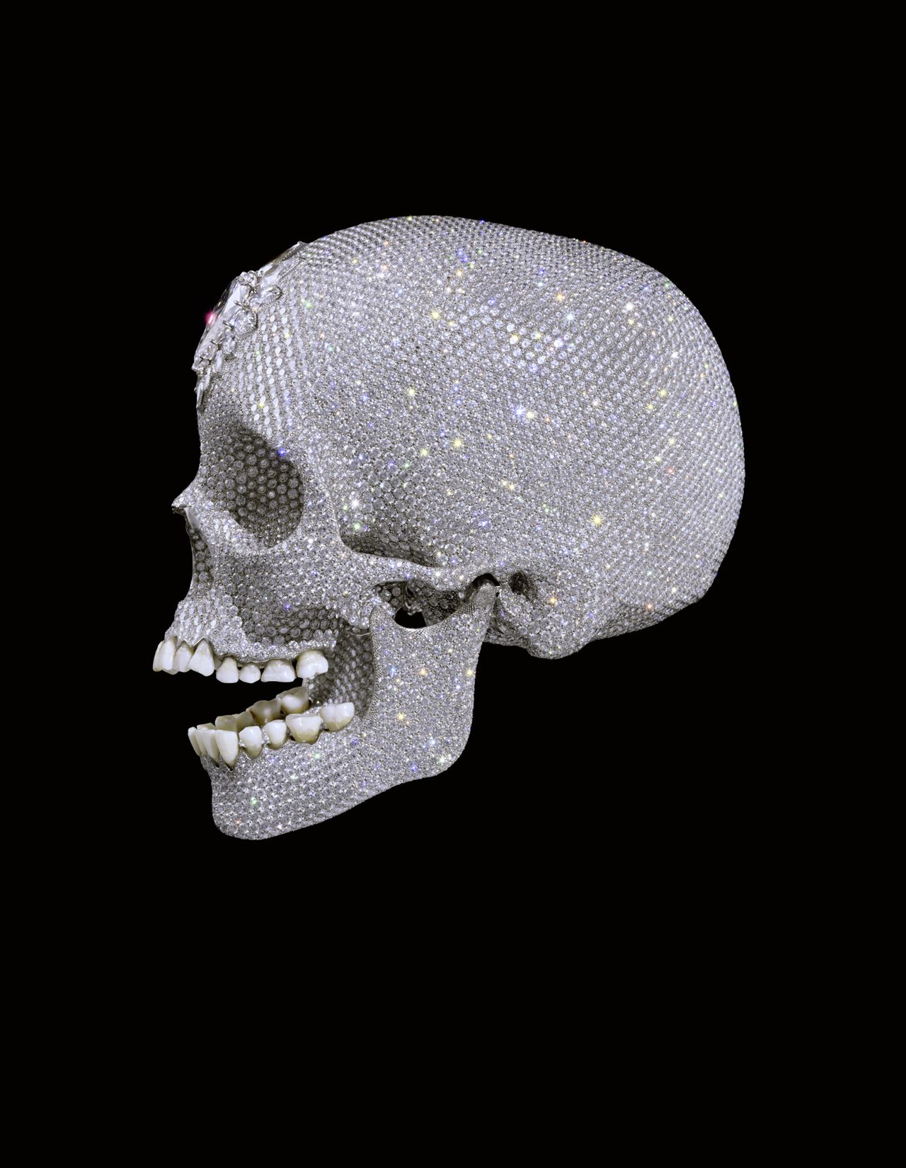 'For the Love of God', 2007 Foto Prudence Cuming Associates Ltd For the Love of God, Damien Hirst 2007 Platinum, diamonds and human teeth 7 x 5 x 8 in Photo: Prudence Cuming Associates