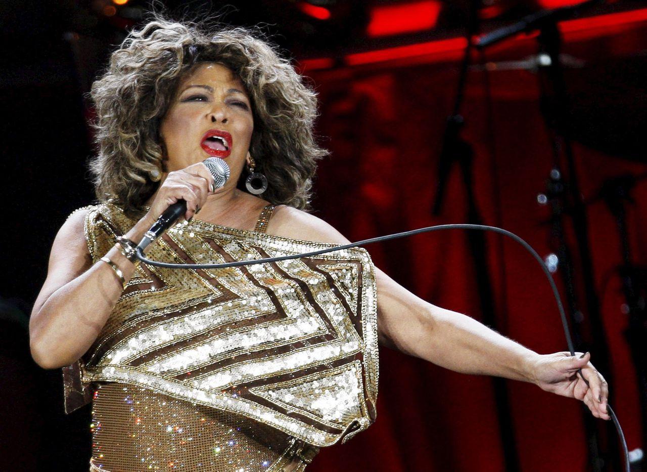 Tina Turner tijdens een optreden in Zwitserland in 2009.