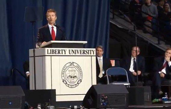 Rand Paul tijdens de bewuste toespraak op Liberty University