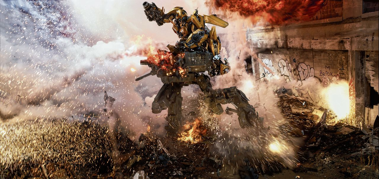 Transformers: The Last Knight is tweeënhalf uur pure chaos.