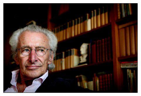 Portret van Harry Mulisch in zijn woning in Amsterdam ter ere van zijn 80ste verjaardag in 2007