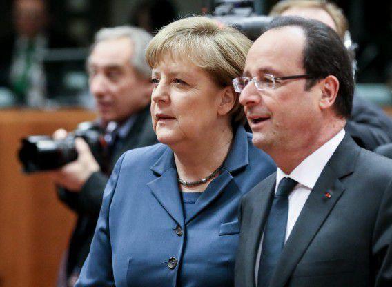 De Franse president Hollande en bondskanselier Merkel. De beide landen konden vandaag een lichte groei van hun economie bekendmaken.