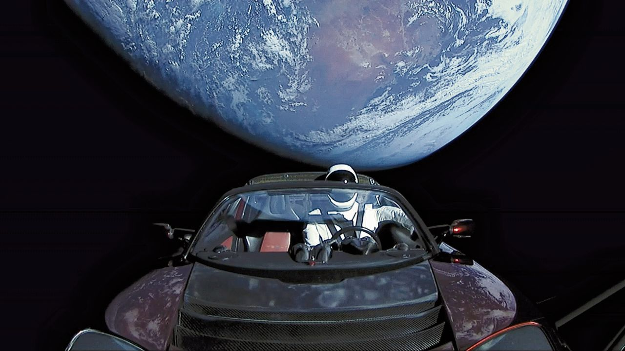 Tesla Roadster in ruimte na lancering door de Falcon Heavy