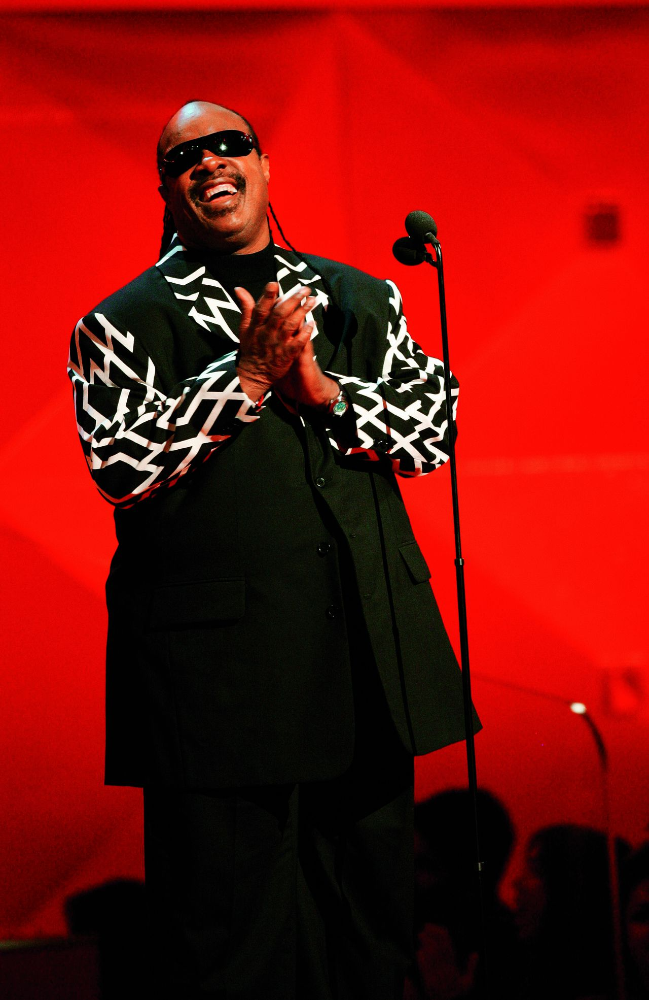 Twenty-four-time Grammy Awards winner Stevie Wonder introduces Nominee for Best Record of the Year, Best Song of the Year and Best New Artist Corinne Bailey Rae at the 49th Grammy Awards in Los Angeles 11 February 2007.