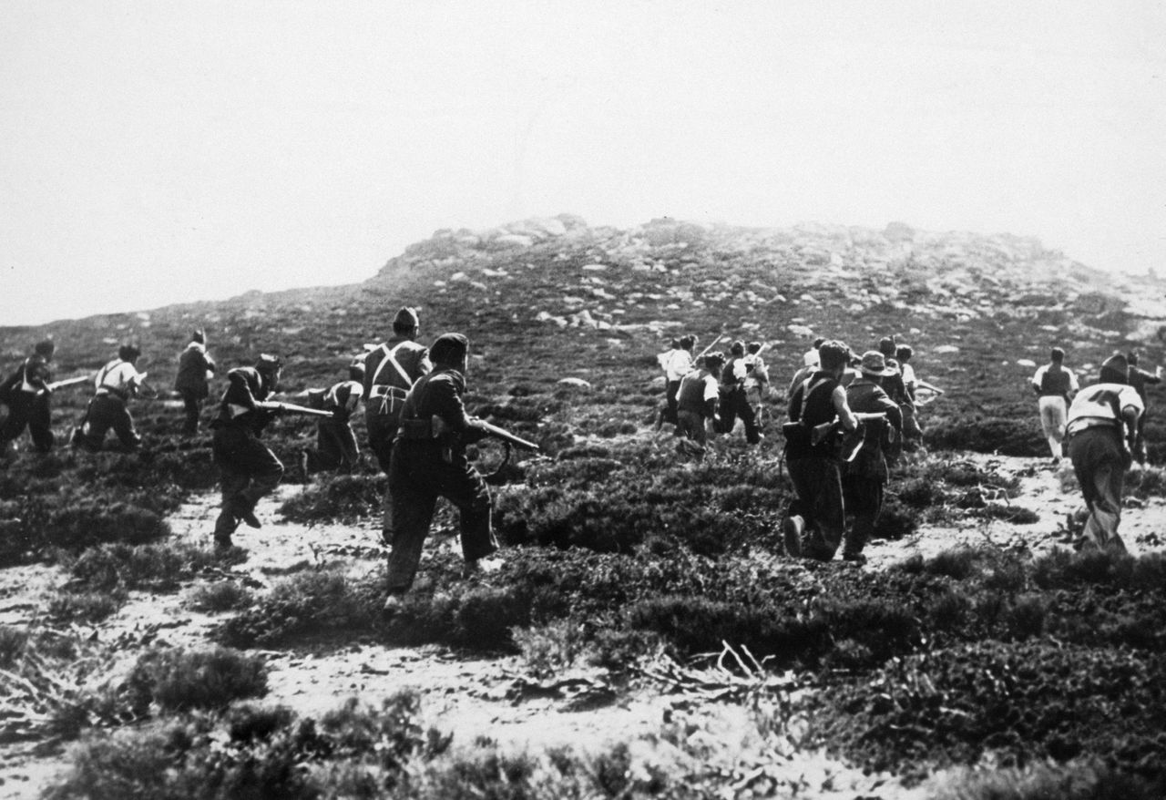 1936-1939, Loyalist soldiers in the Spanish Civil War