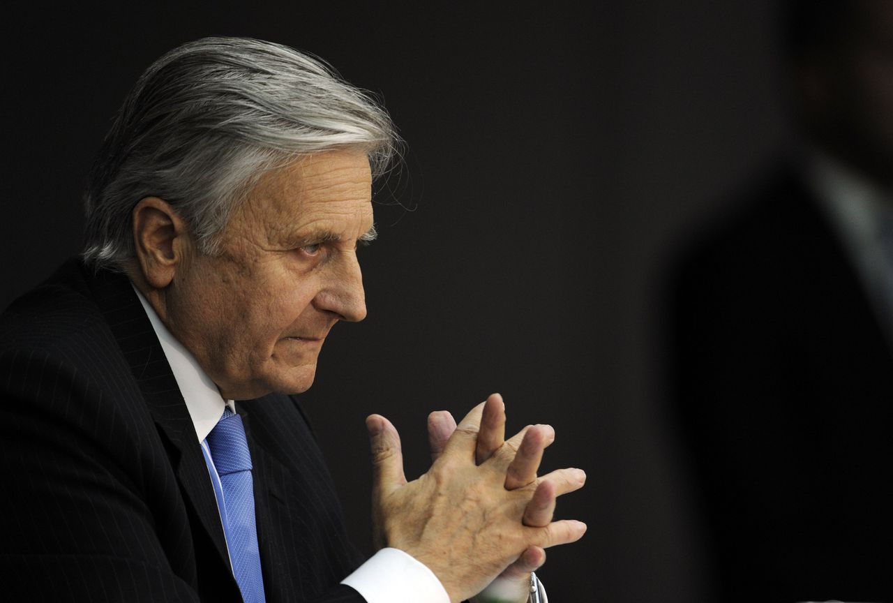 Jean-Claude Trichet, president of the European Central Bank (ECB), gestures during a press conference on September 8, 2011 in Frankfurt/M., western Germany. The European Central Bank is ready to provide eurozone banks with all the liquidity they need, Trichet said. AFP PHOTO BORIS ROESSLER GERMANY OUT