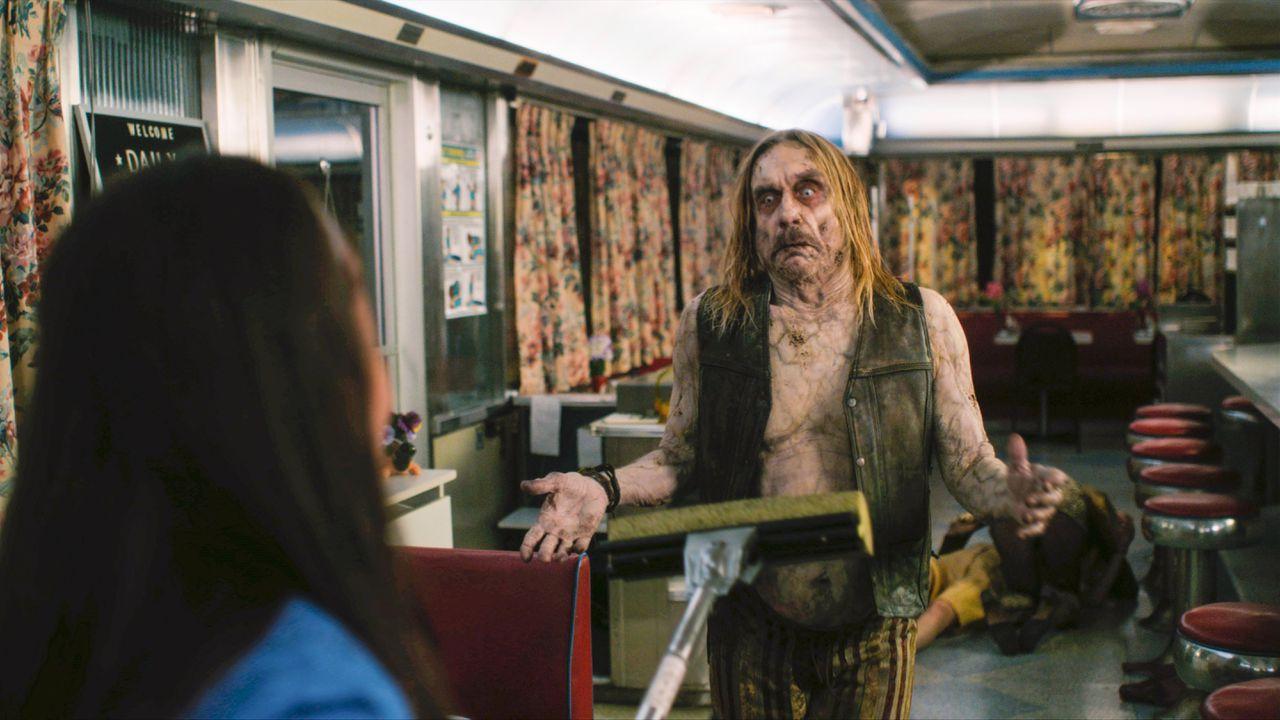 Iggy Pop wil een bakje koffie in 'The Dead Don't Die'.