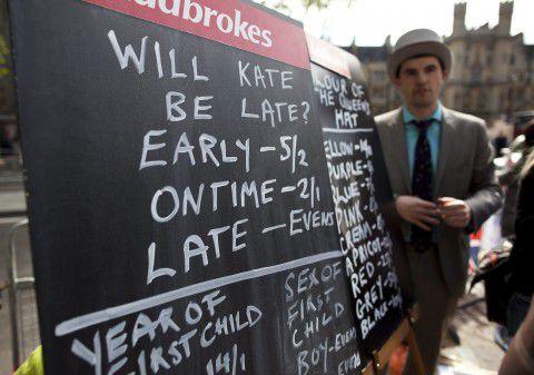 Wedden op de naam van de 'royal baby' bij Ladbrokes in Londen.