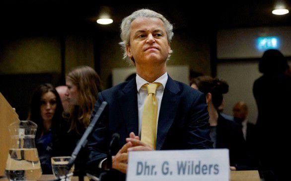 Geert Wilders hoort zijn vrijspraak aan, op 23 juni in de rechtbank van Amsterdam.
