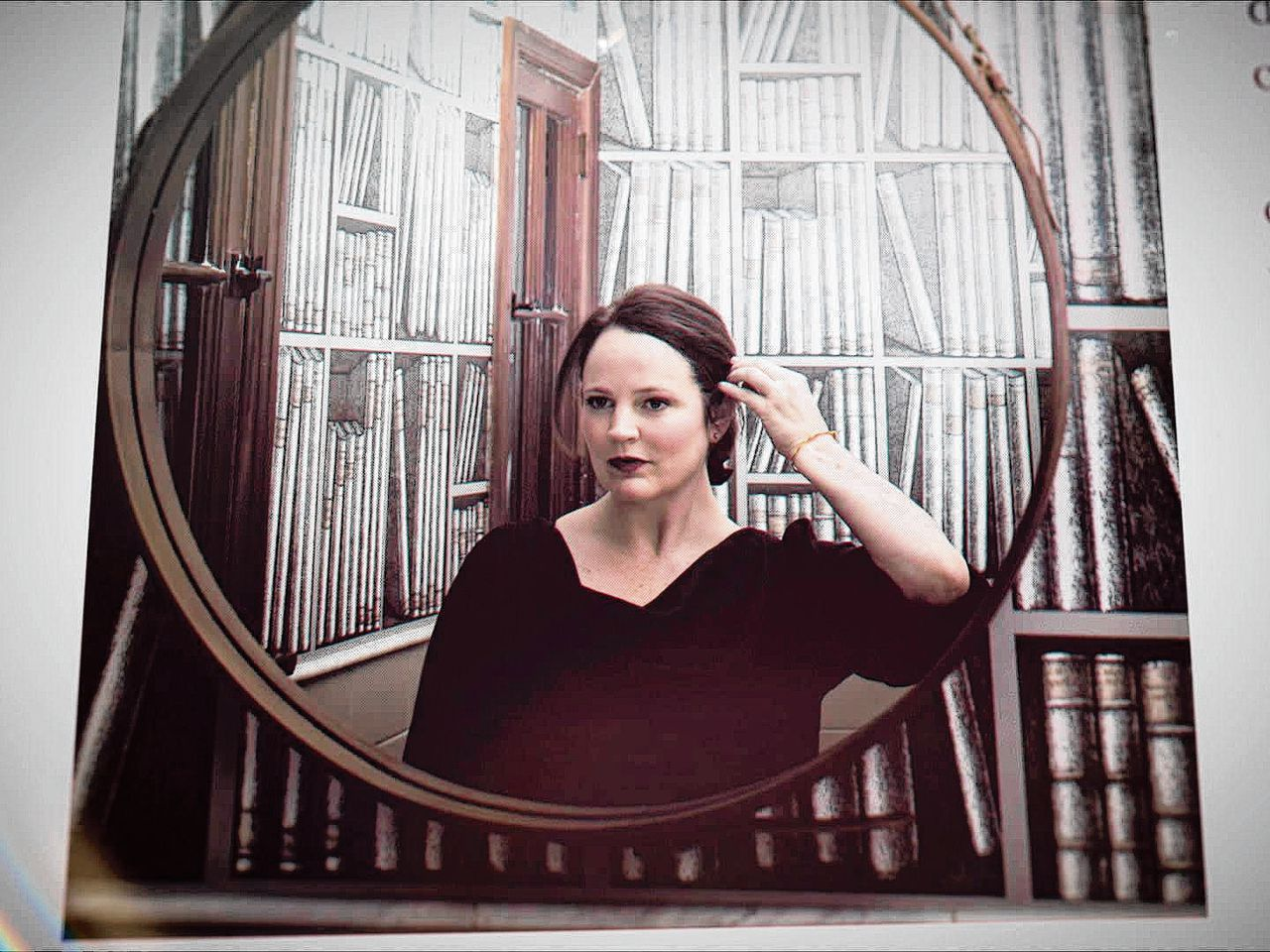 Auteur Michelle McNamara (1970-2016) schreef onder meer I'll Be Gone in the Dark: One Woman's Obsessive Search for the Golden State Killer (2018).