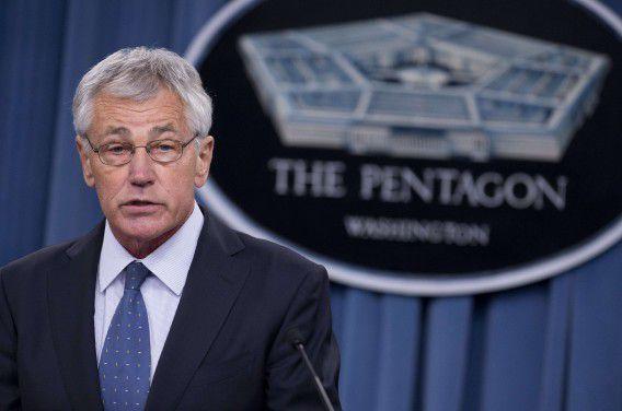 Chuck Hagel tijdens een persconferentie van het Pentagon.