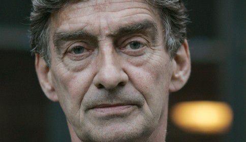 Thrillerauteur Tomas Ross won De Gouden Strop al drie keer. Ook in 2014 maakt hij kans op de grootste thrillerprijs van Nederland.
