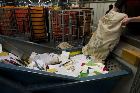 Een sorteercentrum in Amsterdam.