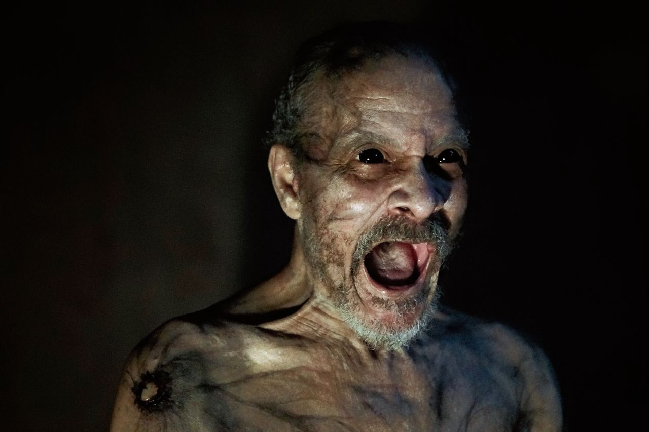 It Comes At Night lijkt een lange aflevering van de zombie-apocalyps van tv-serie The Walking Dead.