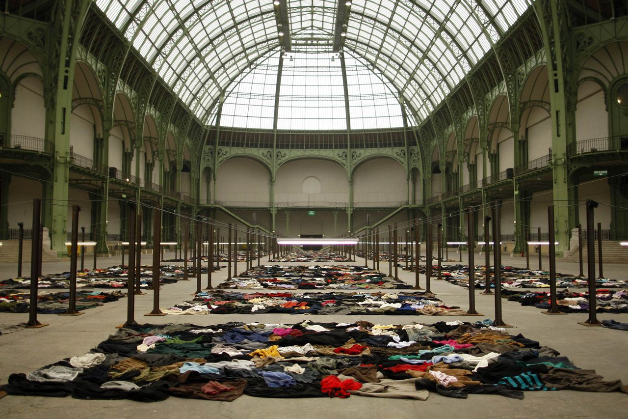 """A general view of the installation artwork called """"Personnes"""" by French artist Christian Boltanski for the Monumenta 2010 event at the Grand Palais in Paris January 11, 2010. REUTERS/Benoit Tessier (FRANCE - Tags: ENTERTAINMENT SOCIETY)"""