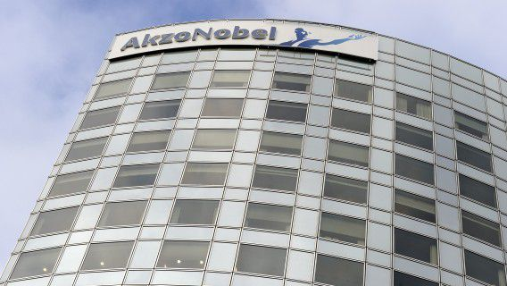 AMSTERDAM - Het hoofdkantoor van AkzoNobel in Amsterdam. AkzoNobel presenteerde de jaarcijfers 2011 en tevens het 4e kwartaal. ANP LEX VAN LIESHOUT