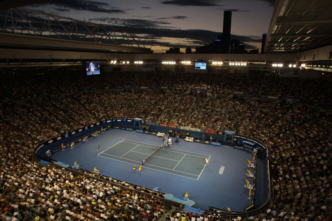 General view of Rod Laver Arena at the sunset, where Novak Djokovic of Serbia, plays Andy Murray in men's singles final at the Australian Open tennis championships in Melbourne, Australia, Sunday, Jan. 30, 2011. (AP Photo/John Donegan)