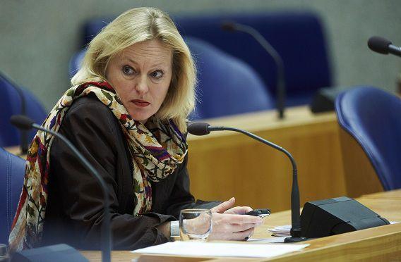Minister Jet Bussemaker tijdens het debat vandaag.