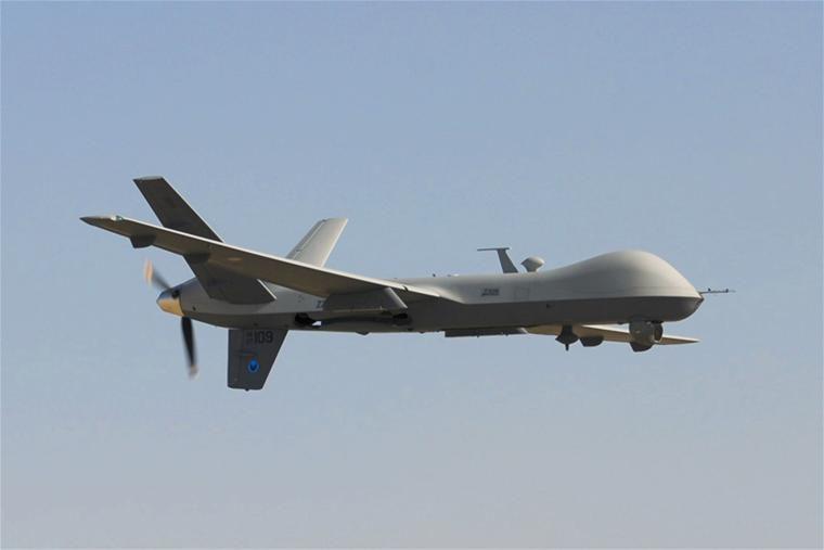 De MQ-9 Reaper moet helpen bij het verzamelen van informatie. Wapens dragen en doelen vernietigen is voorlopig niet aan de orde.