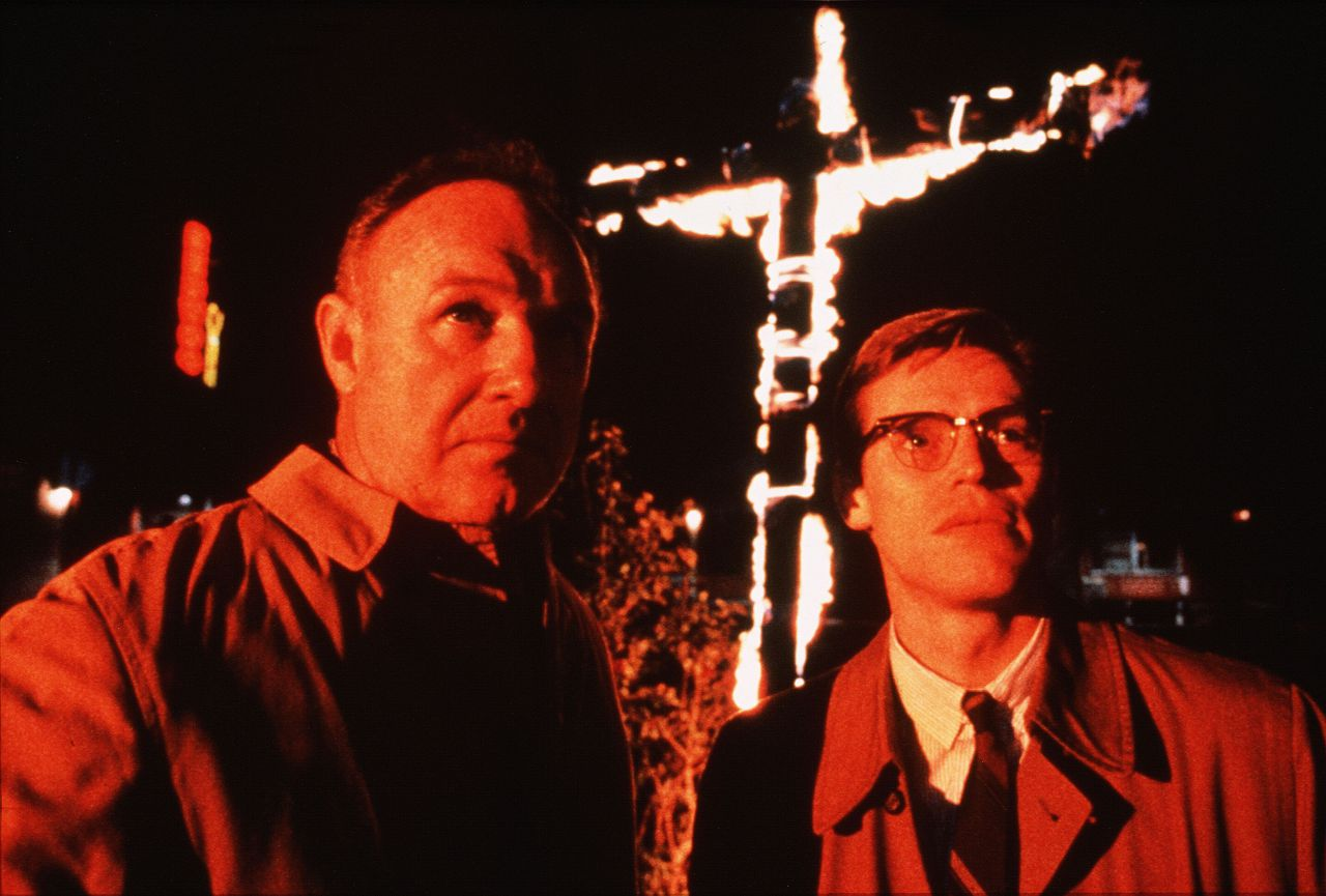 Mississippi Burning (1988) Pers: Gene Hackman, Willem Dafoe Dir: Alan Parker Ref: MIS045AJ Photo Credit: [ Orion / The Kobal Collection ] Editorial use only related to cinema, television and personalities. Not for cover use, advertising or fictional works without specific prior agreement