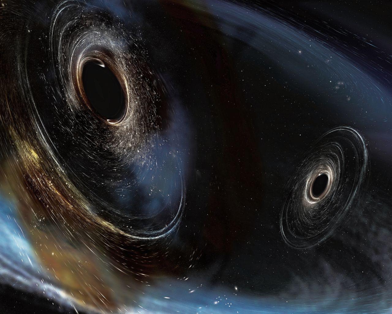Twee botsende zwarte gaten smelten samen, waarbij ze een karakteristiek patroon van zwaartekrachtgolven uitzend.