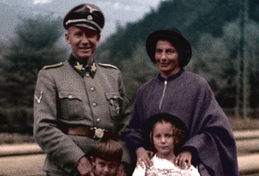 SS'er Otto Wächter met zijn vrouw Charlotte en kinderen.