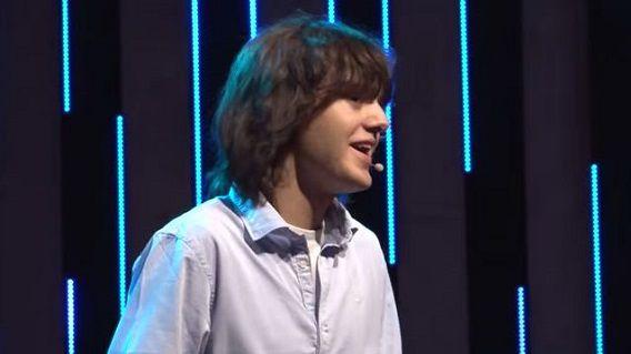 Boyan Slat tijdens TEDx Delft in 2012