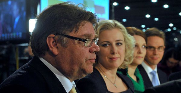 Caption: Chairman Timo Soini of the True Finns is interviewed during the Finnish parliamentary elections media reception at the Helsinki Music Centre in Helsinki April 17, 2011. Finland's anti-euro True Finns party made big gains in a parliamentary election on Sunday, threatening the pro-European government and raising the risk of disruption to an EU bailout of Portugal. Also seen are Chairwoman Jutta Urpilainen (2nd L) of the Social Democrats, Chairwoman Mari Kiviniemi of the Centre Party and Chairman Jyrki Katainen (R) of the National Coalition. REUTERS/Kimmo Mantyla/Lehtikuva (FINLAND - Tags: POLITICS ELECTIONS) THIS IMAGE HAS BEEN SUPPLIED BY A THIRD PARTY. IT IS DISTRIBUTED, EXACTLY AS RECEIVED BY REUTERS, AS A SERVICE TO CLIENTS. NO THIRD PARTY SALES. NOT FOR USE BY REUTERS THIRD PARTY DISTRIBUTORS. FINLAND OUT. NO COMMERCIAL OR EDITORIAL SALES IN FINLAND. NO COMMERCIAL USE