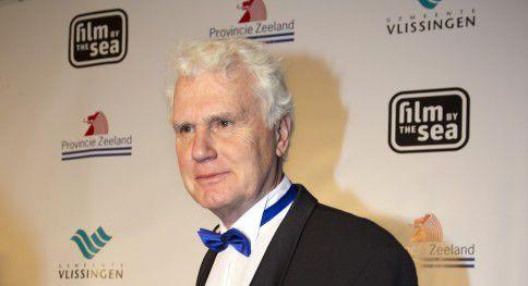 Adriaan van Dis op de rode loper bij het openingsgala van Film by the Sea. De Engelse vertaling van zijn roman Tikkop (2010) maakt kans op de IMPAC Dublin Literary Award, de grootste internationale literatuurprijs ter wereld