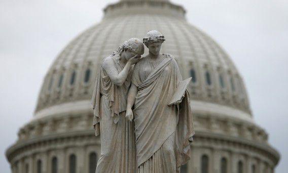 The statue of Grief and History, bij het Capitool in Washington.