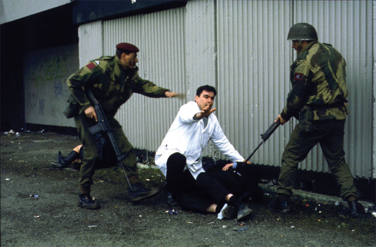 Uit Bloody Sunday. scene uit de film Bloody Sunday (2001) FOTO: A-Film